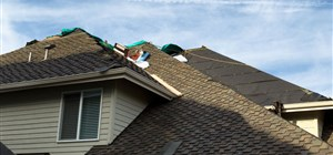 Your Siding or Roof May Need an Update Before Fall is Over
