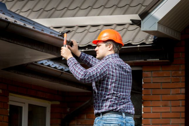 Prepping your HOA's Roofs for Wintertime